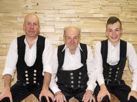 Schneider Holzbau, Generationen