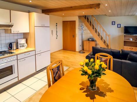 Schornhof Ferienwohnung Hofblick Wohnzimmer