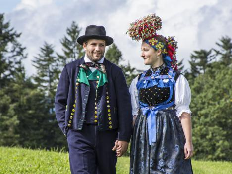 Tradition Lehengericht Tracht