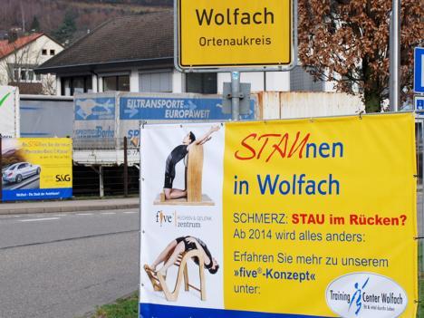Werbestrategie Gewerbeverein Wolfach: Staunen In Wolfach - Baunzaun-Banner