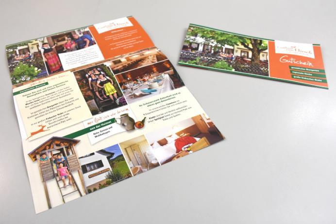 """Neuer Imageflyer und einen Gutschein für das Traditions-Gasthaus """"Gasthaus zum Hirsch"""" d´Monika"""