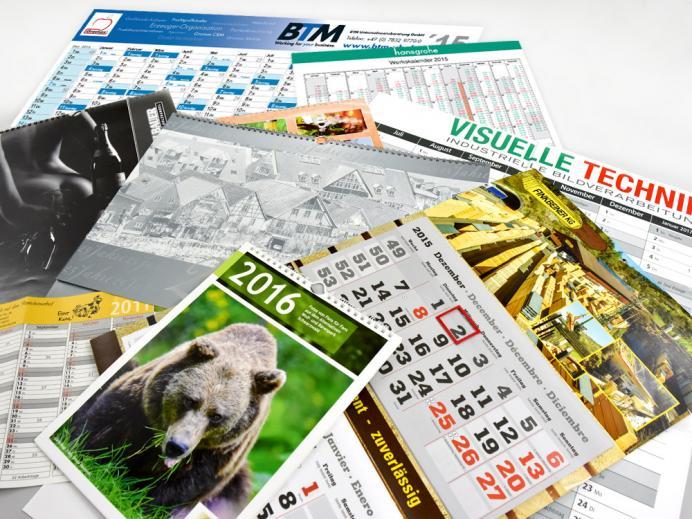 Kalender in allen Ausführungen: Tischkalender, Wandplaner, Bildkalender