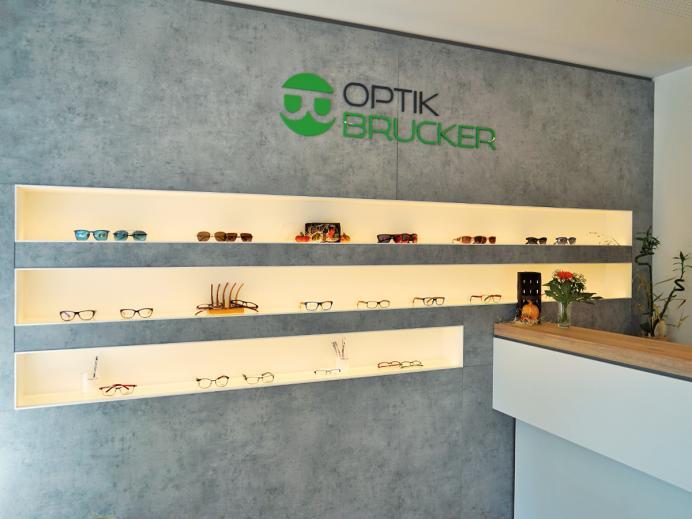Elektro Schillinger, Referenz Optik Brucker