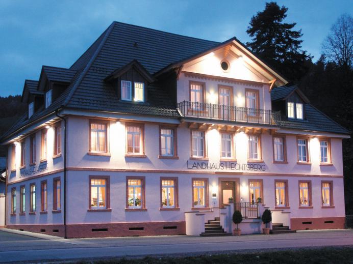 Landhaus Hechtsberg bei Nacht