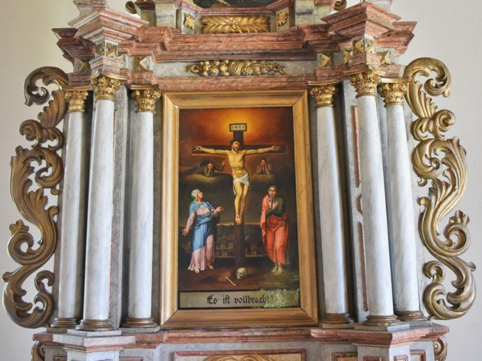 Roßbergkapelle - Altar