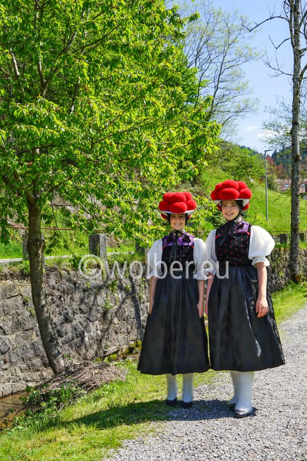 Roter Bollenhut im Doppelpack auf dem Kirnbacher Bollenhut-Talwegle