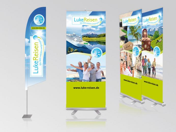 Werbestrategie Luke: Rollups, Beachflag
